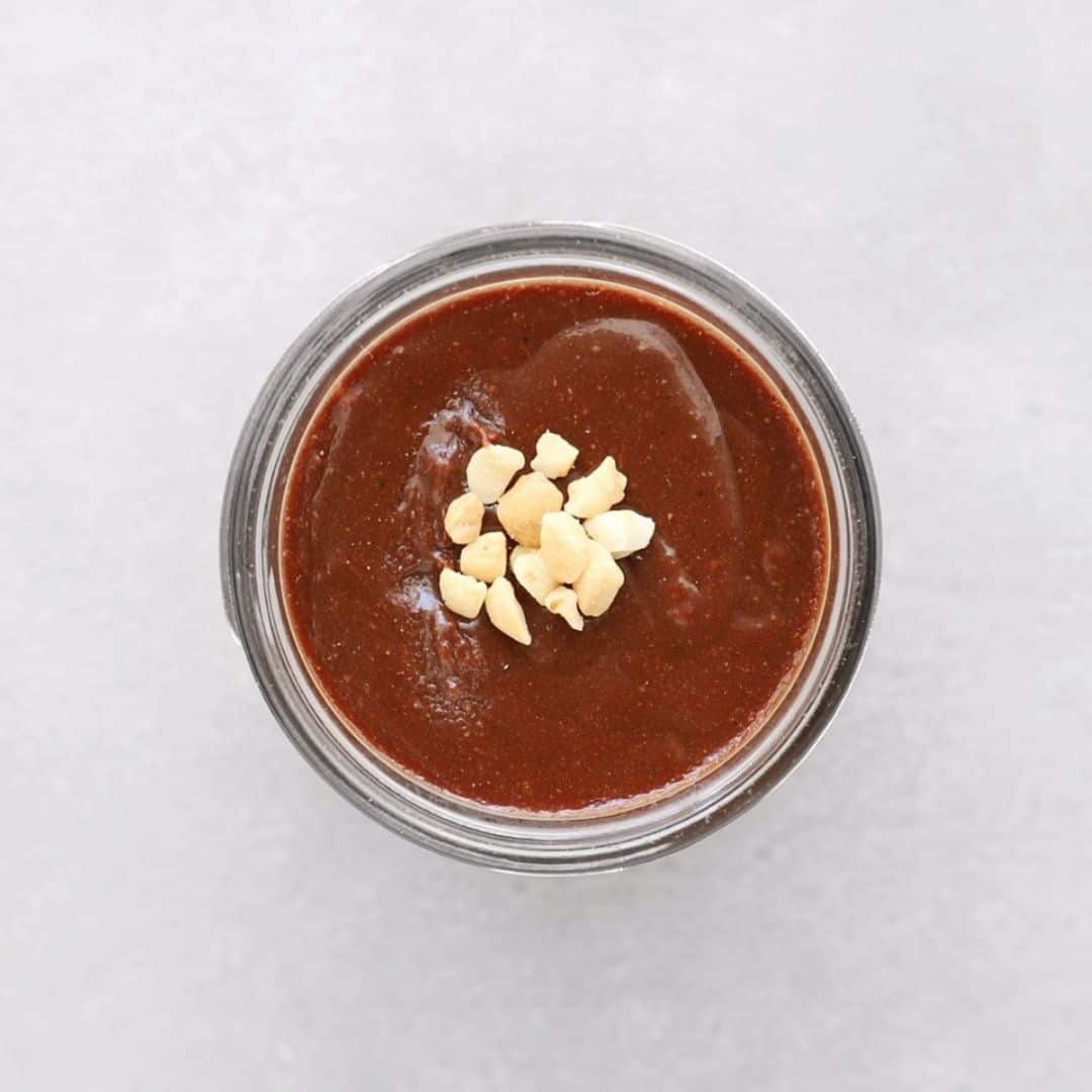 Low FODMAP hazelnut spread in glass jar