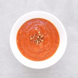 Low FODMAP Marinara Sauce in white bowl
