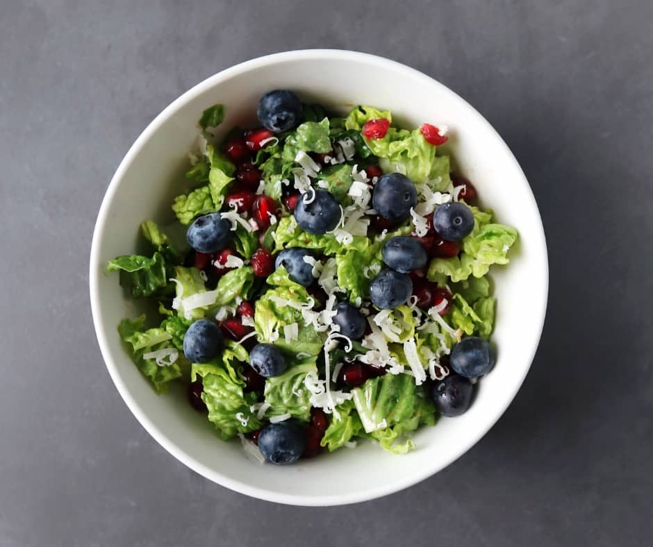 Low FODMAP Pomegranate Salad in bowl