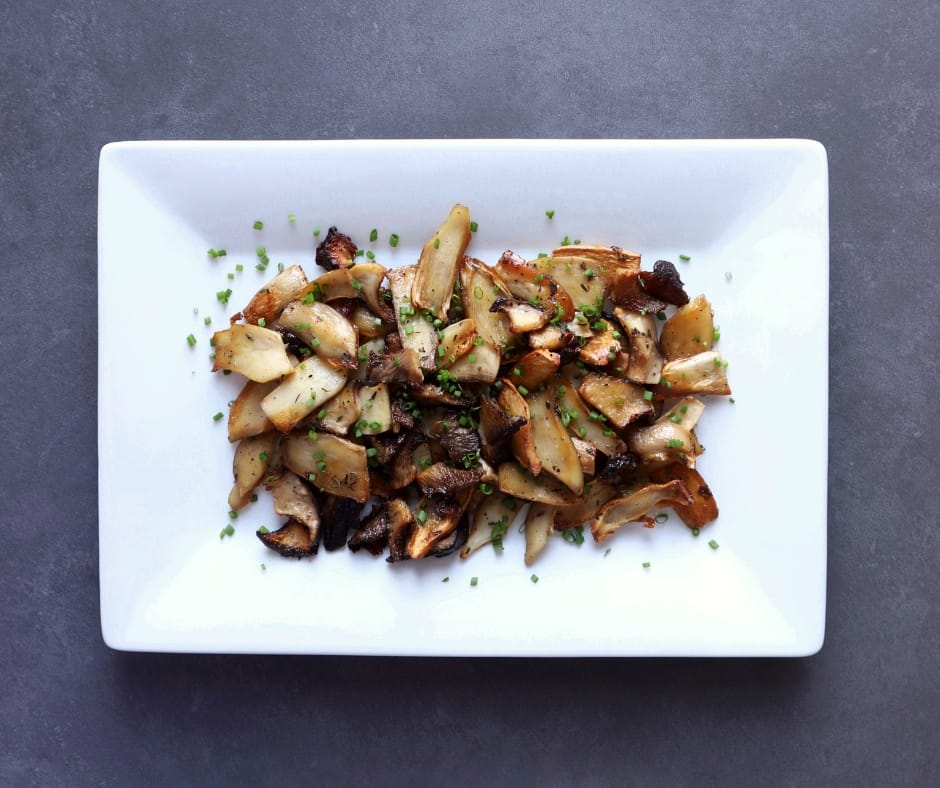 Low FODMAP Roasted Oyster Mushrooms - 940 X 788