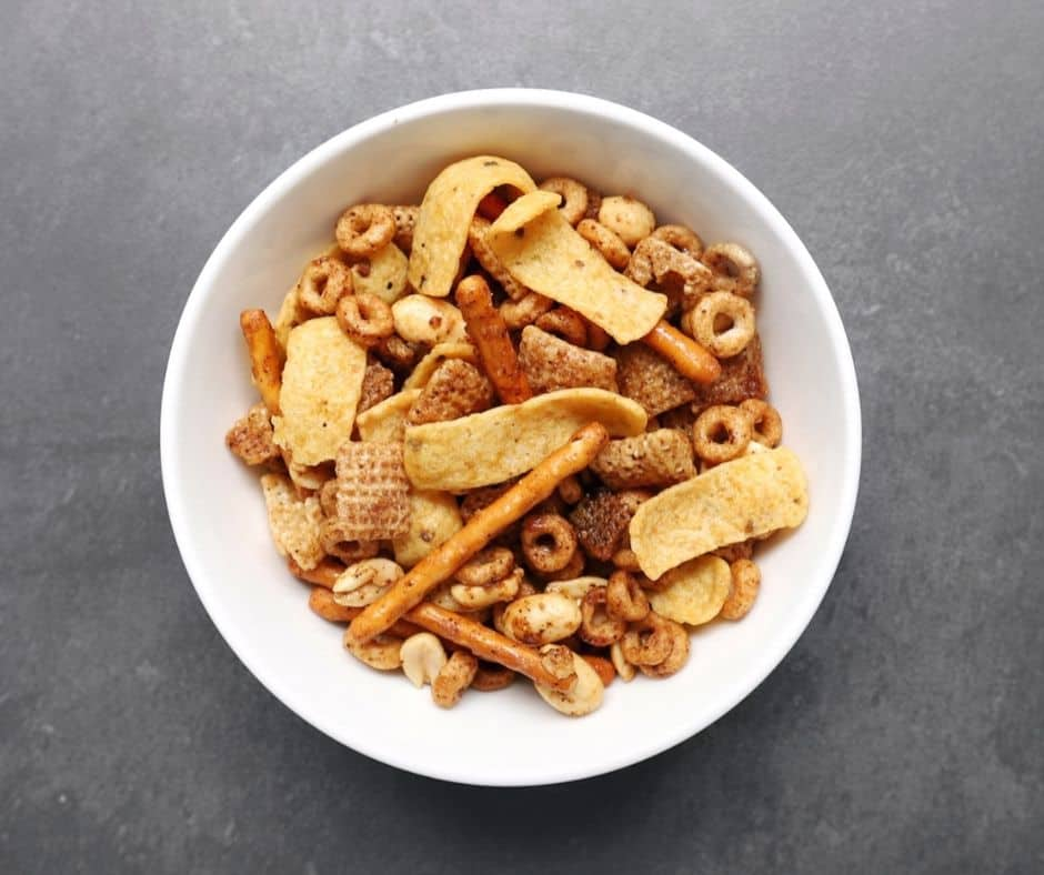 Low FODMAP Snack Mix in white bowl