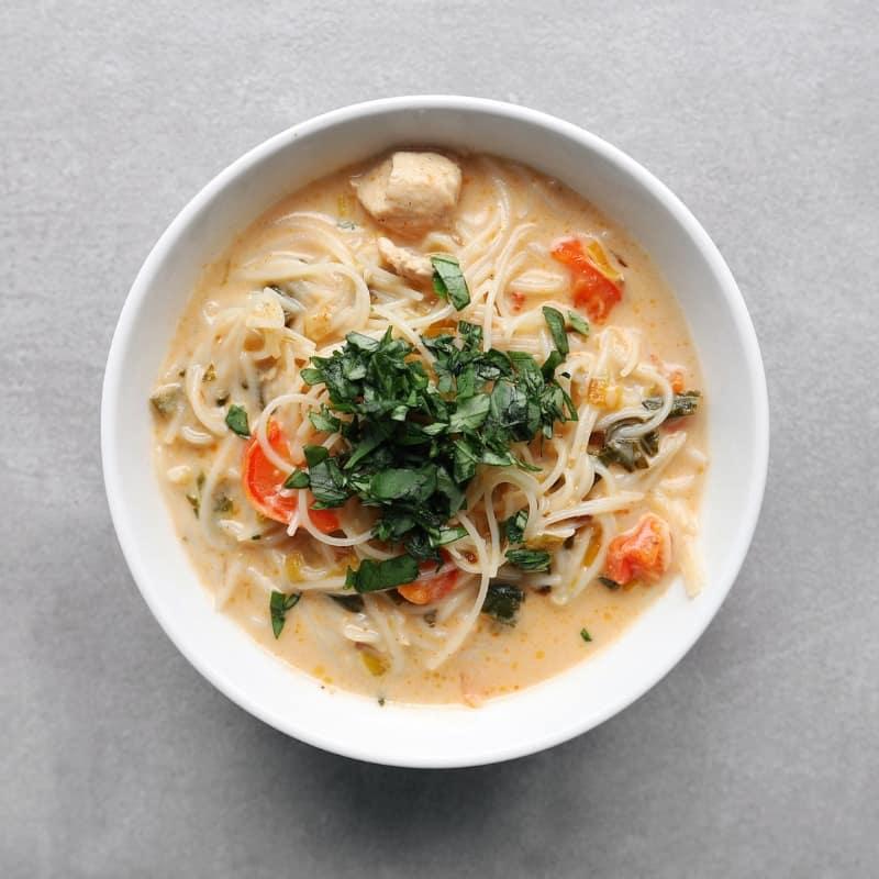 Low FODMAP Thai Noodle Soup in Bowl - 800 x 800